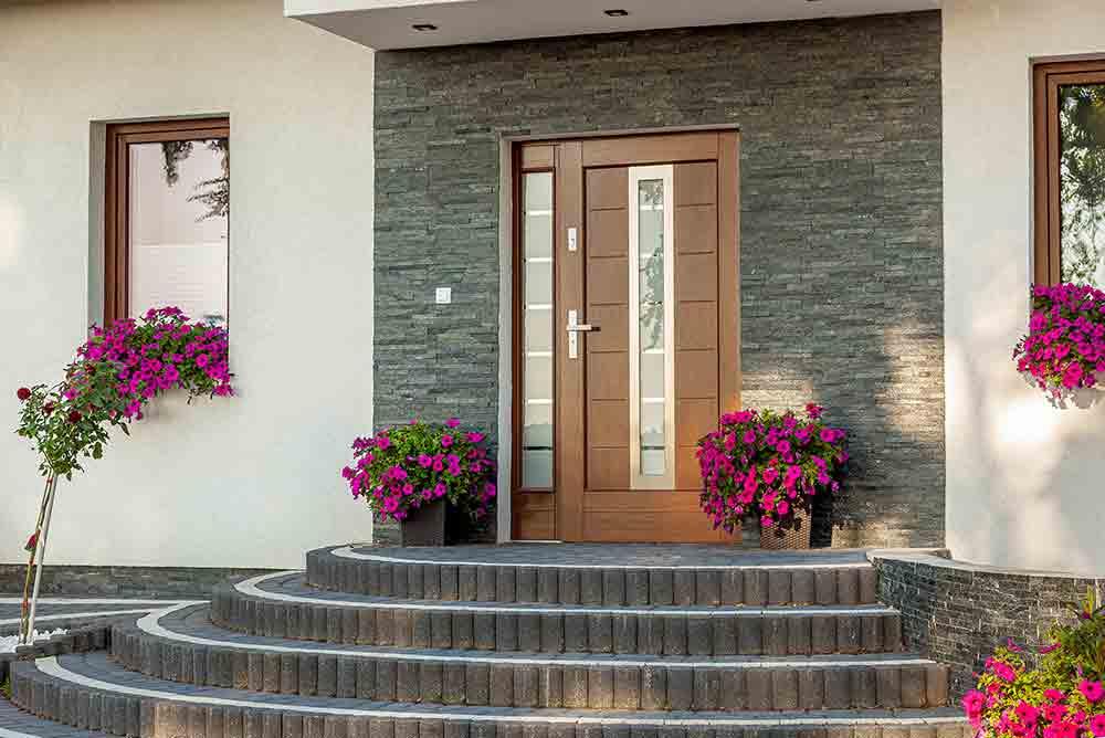 Drzwi zewnętrzne z dostawką w ościeżnicy tradycyjną